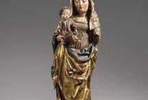 Madonna szobrok