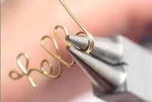 DIY | Jewelry / Jewelry tutorials and inspiration.