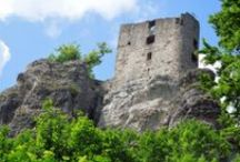Fränkische Schweiz / Wanderungen in bizarren Felslandschaften, vorbei an Burgruinen und Hölen.