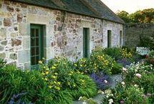 angol kertek - english cottage garden