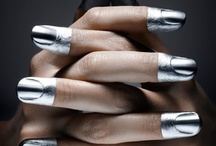 : Shiny liquid Silver :
