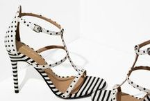 Prints Charming / Graphic prints + patterned statement shoes.