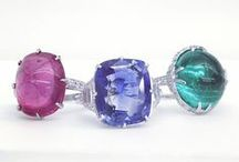 Precious stones / Each of our stones have a meaning and particular look. Take a look at some of our stones.