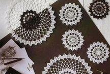 haken - kanten kleedjes - crochet doilies / by Marijke Goudriaan