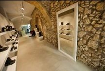 Our Stores / Catarina Martins currently has 2 stores. One in Lisbon, Portugal and another in Cagliari, Italy.