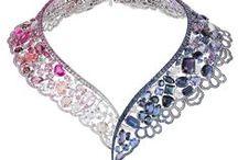 Asymmetrical necklaces