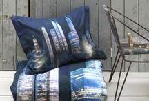 Tapijten & Textiel/Tapis & Textile  / Een mooi tapijt of mooie, kwalitatieve gordijnen kunnen de look & feel van je interieur mee bepalen. Heb je een voorkeur voor sober? Ben je zot van kleur? Ben je op zoek naar iets origineels? Vastiau Godeau zet een aantal leuke tips op een rij. Un beau tapis ou de jolis rideaux de qualité peuvent déterminer l'ambiance de votre intérieur. Vous aimez la sobriété? Vous raffolez des couleurs? Vous cherchez l'originalité? Vastiau Godeau vous propose une foule d'idées.