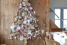 Un árbol Navideño diferente! / Un montón de ideas para hacer un árbol de Navidad original.