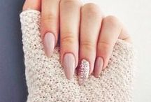 Unhas / Para aquela produção linda das nossas unhas, lá vem inspiração! Sou apaixonada por nail art apesar de ainda estar aprendendo.