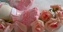 Bonecas de Pano Arte & Encanto / lindas bonecas de pano feito sob encomenda, uma ótima opção de presente ou decoração de ambientes. Enchimento anti alérgico, Tenho tamanhos e preços variados, Prazo de entrega 15 dias, combino forma de envio. Chamar no Whats 11 98300-7865