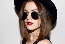 // Street Style / Street Style. Fashion. Women. Trend. Chic. Edgy. Classic.