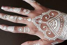 HENNA DESIGNS / Henna tattoos