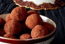 Τρουφάκια - Σοκολατάκια / Truffles - Chocolates