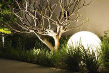 Verlichting in de tuin / Tuinverlichting, armaturen, spotverlichting, led tuinlampen