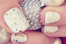 Beautiful nails!! / by Kylie Antcliff