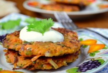 Veggie mains / Be inspired! Inspiration for healthy vegetarian based meals. Some recipes need some tweaking (like substituting the meat with something else...).