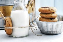 Milk & cookies / Al about cookies!