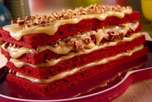 Amazing Dessert Recipes / Wow, it's dessert time. After a great meal, nothing is better to top it off than a delicious dessert. Cakes, pies, cookies, treats, snacks and so much more to indulge in. Yummy ;)