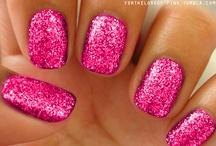 nails / by Aeron Dewbre