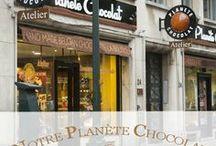 Notre Planète Chocolat / Entrez dans la maison de Planète Chocolat pour découvrir notre boutique, notre équipe et notre savoir- faire belge.