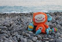 Bebee et Bobee autour du monde / Suivez les héros de Bkids toute l'année partout dans le monde ! Bebee, le petit singe chouchou des bébés!