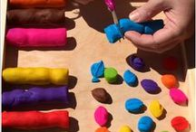 Playdough and Clay Play / Inspiring and creative ideas and resource for playdough and clay play.