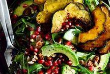 Vegetarian Main Dish Recipes / Low effort, filling vegetarian main dishes that even non-vegetarians and vegans will love.