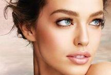 Maquiagem para casamento / Dicas de especialistas e inspirações internacionais para  maquiagem para o casamento. As tendências para makeup para eventos na praia, no campo ou à noite.