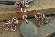Šperky z drátků