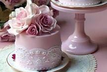 Jeannette Cakes, Desserts & Cookies / by Jeannette Donkers-Sahuleka