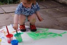 Arty Toddlers / It's never too early to introduce your littluns to creativity....