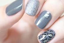 Nαiℓs / Un peu de peinture sur les ongles que diable ! nail art - nails