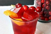 Cocktail Garnish Ideas / Cool ideas for garnishing cocktails.