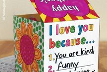 Mother's Day Ideas for Kids / Printables, creative art, craft, card and gift ideas for kids to make for Mother's Day