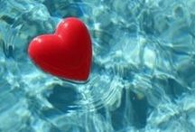 Valentine's Day Poolside / We love pools and Valentine's Day. This board offers inspiration! #BestGift #ValentinesDay