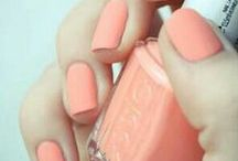 Manicure / Nail Colour