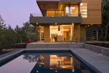 Real Estate Envy / We can't get enough of these dream homes! Where do we sign?