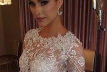 Vestidos de noiva. / Tudo relacionados a noivas/vestidos decoração etc.