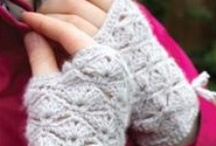 Gloves & Mittens / by Love of Crochet