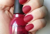 A Head for Business & a Bod for Sinful Colors / A list of the Sinful Colors polishes I own.