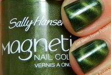 Mustang Sally Hansen / A list of the Sally Hansen polishes I own.