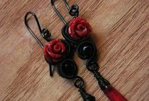 Gothic jewelry / Gothic style jewelry made out of wire, lace, stone, camea