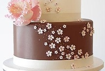 Design Cakes / by Jenny B