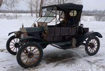 Antique Cars & Trucks / by Linda Franzen