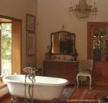 Antique Bathrooms / Recreating the elegance of bathrooms of yesteryear.