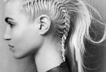 Hair things.. / Kampauksia, lettejä, palmikoita, nutturoita...