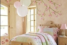 Life With Kids! / Beautiful decorating ideas and convenient storage and organization hacks for kids bedrooms and toy rooms!