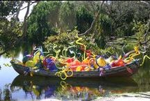 Dale Chihuly / World-renowned Contemporary glass artist, Dale Chihuly (1941-    ) is a joyful character who is best known for his spirit of collaboration, blending art and nature in colorful glass installations and sculptures.