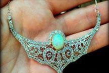 Vintage Style Jewelry