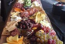 Food - Receitas, ideias, dicas, truques / entradinhas, petiscos, doces, aperitivos   / by Carol Magalhães